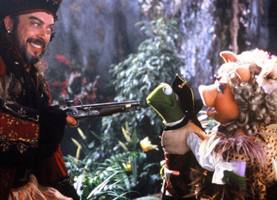 You don't need an alt tag for this one. It's TIM CURRY WITH MUPPETS.